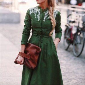 Kawayi green midi dress